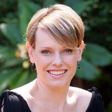 Maggie Egan Cosmetic Inecting Specialist