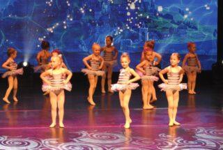 Plie, Groove'n'Shuffle – School of Performing Arts