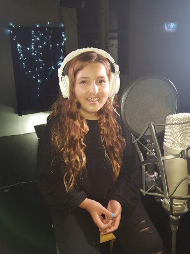 Come and have fun singing with me!